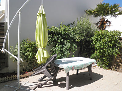 House Vaux Sur Mer 4 room (s), 7 people, patio, parkings, collective swimming pool